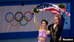 Олимпийские чемпионы Сочи Мэрил Дэвис и Чарли Уайт (США)