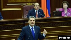 Armenia -- Armenian Prime Minister Tigran Sargsian speaks in the parliament, Yerevan, 12Dec2013.