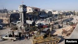 Siri - Pamje e përgjithshme e forcave qeveritare siriane me tankset e tyre në Kusair