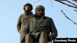 Франция - Статуя Антуана де Сент-Экзюпери и Маленького принца в Лионе.