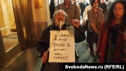 "Участник движения ""Захвати Уолл-стрит"". Нью-Йорк, 15 ноября 2011 г"