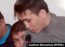 Подсудимый по делу о событиях в Шетпе. Актау, 17 апреля 2012 года.