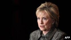 هیلاری کلینتون، نامزد ناموفق انتخابات ریاست جمهوری سال ۲۰۱۶ و وزیر خارجه پیشین آمریکا است.