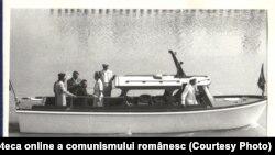 Ceaușescu și consoarta în vizită de lucru pe şantierul Canalului Dunăre-Marea Neagră.(13.VII.1979) Fototeca online a comunismului românesc, cota:105/1979