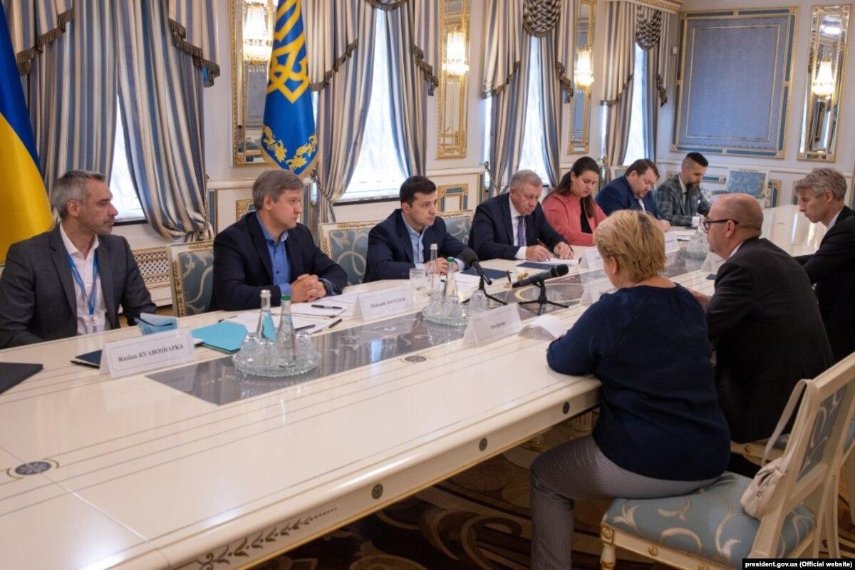 Украина соглашается на рецепты, которые помогли превращением в екскомуністичній части Европы – мировая пресса