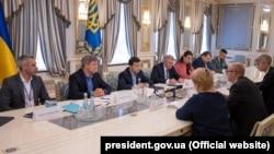 Зустріч президента Володимира Зеленського з місією Міжнародного валютного фонду. Київ, 28 травня 2019 року