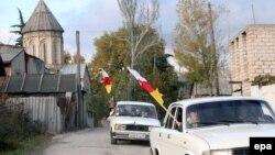 """Складывается ощущение, что в республике решили реанимировать подзабытую практику , когда любое проявление недовольства в адрес властей квалифицировалось как заговор """"грузинских фашистов"""""""