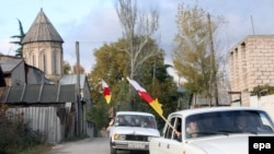 Южная Осетия неоригинальна в своем стремлении запретить «Свидетелей Иеговы» или хотя бы выставить перед ними административные препоны