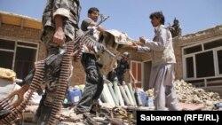 Municioni i konfiskuar nga talibanët pas një beteje në Kabul