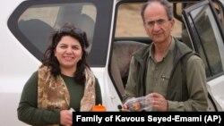 کاووس سیدامامی که در زندان فوت شد، و همسرش مریم ممبینی
