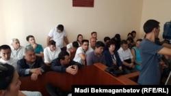 В зале Целиноградского районного суда Акмолинской области. Акмол, 25 августа 2017 года.