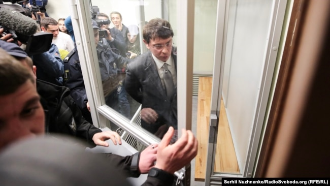 Крючков нещодавно був екстрадований в Україну – і вже вийшов з-під варти під заставу