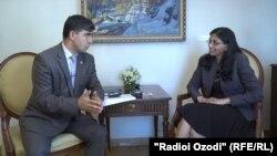 Ниша Бисуол отвечает на вопросы Хуршеда Хамдама