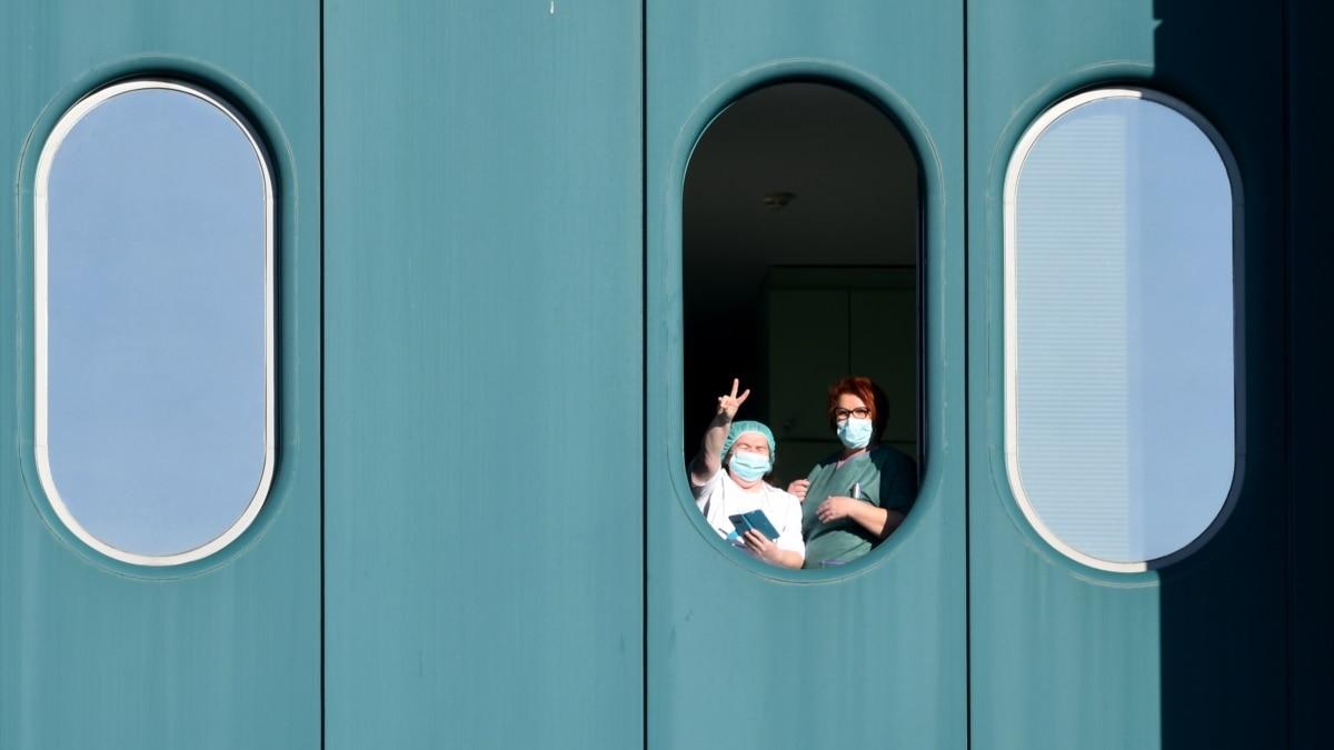 Количество украинцев на карантине за рубежом выросло – МИД