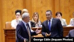 Liviu Dragnea și Victor Ponta, în Parlament