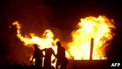 از زمان وقوع انقلاب مصر،اسلامگرايان افراطی دهها بار خط لوله انتقال گاز مصر به اسرائيل را منفجر کردهاند.