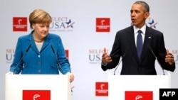 از راست: اوباما و مرکل