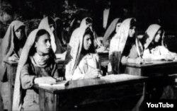 Азербайджанская школа в Иране, 1946 год