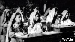 İranda Azərbaycan məktəbi, 1946-cı il