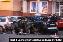 На месте взрыва автомобиля Тимура Махаури 8 сентября 2017 года в центре Киева