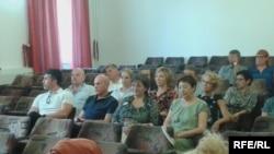 Sebija Izetbegović i osoblje Medicinskog fakulteta na konferenciji za novinare