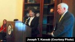 السناتور الجمهوري فرانك وولف والديمقراطية آنا إيشو في مؤتمر رؤساء الكنائس الأميركية