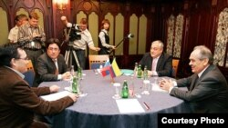 Татарстан президентының икътисадый корылтай кысаларында Колумбия вице-президенты белән очрашуы