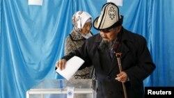 Төретам кентіндегі сайлау уческесі. Қызылорда облысы, 20 наурыз 2016 жыл.