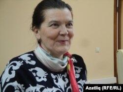 Шагыйрә Лилия Сәгыйдуллина