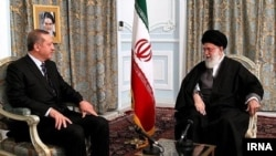 دیدار رجب طیب اردوغان با آیتالله خامنهای در مشهد.