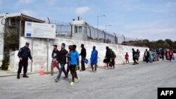 Мигранти на грчкиот остров Лезбос