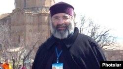 84-й Константинопольский патриарх ААЦ архиепископ Месроп Мутафян, 2007 г.