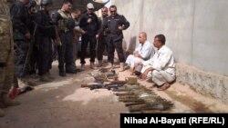 معتقلون مشتبه بهم في حملة أمنية بكركوك