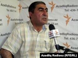Zakir Sadatlı Azadlıq Radiosunun studiyasında, 2011