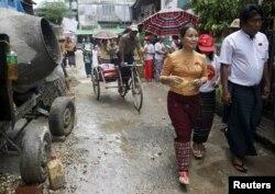 آنگ سان سو چی میگوید فارغ از اینکه چه کسی توسط پارلمان جدید به مقام ریاست جمهوری انتصاب شود خود او قدرت اصلی را در دست خواهد داشت
