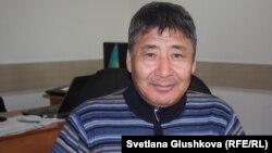 Правозащитник Талас Сагимбаев. Астана, 30 ноября 2016 года.