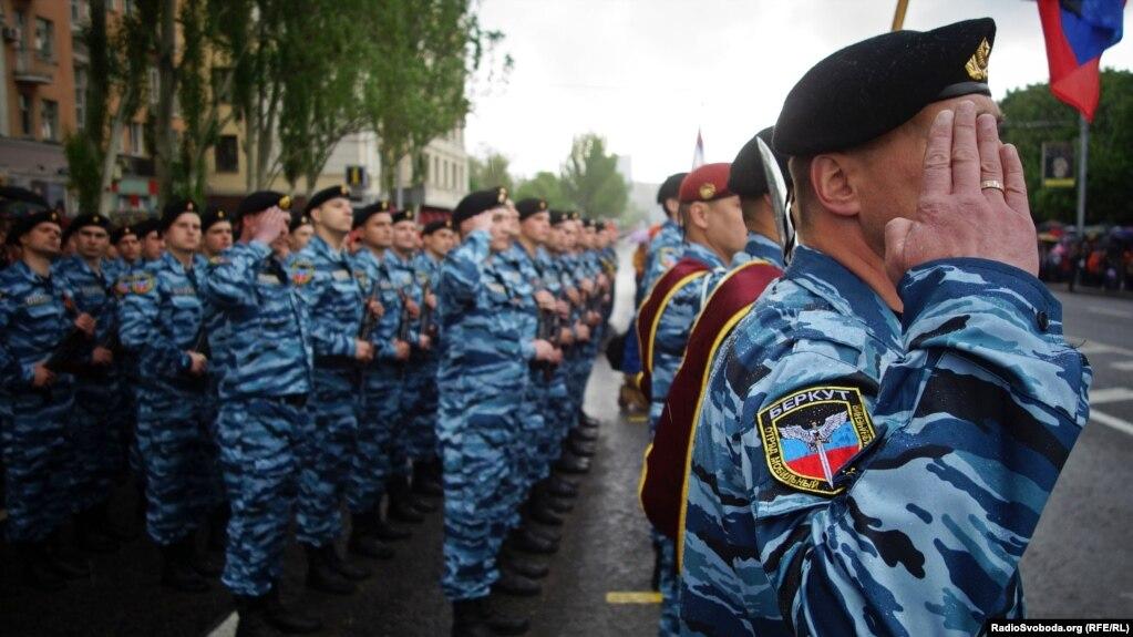 Парад до Дня перемоги у Донецьку, 9 травня 2015 року