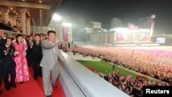 Ким Чен Ын Пхеньяндагы парадда, 9-сентябрь 2021-жыл.