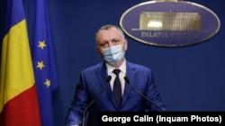 Ministrul Educației a anunțat că în primele trei săptămâni de școală nu au primit nicio cerere de testare în a opta zi de la niciun părinte din întreaga Românie. Zeci de părinți l-au contrazis pe rețelele de socializare