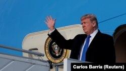 Дональд Трамп Цюрихтин аэропортунда. 25-январь, 2018-жыл.