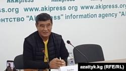 Азизбек Турдалиев, адвокат депутата Жогорку Кенеша Канатбека Исаева, подозреваемого в подготовке захвата власти. Бишкек, 3 октября 2017 года