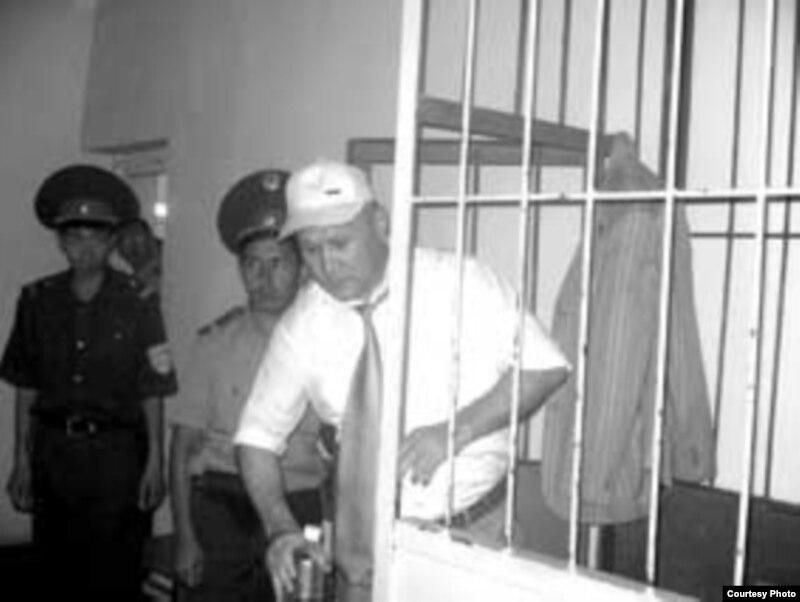 Бывший полковник Дарибай Шалаев во время суда над ним.