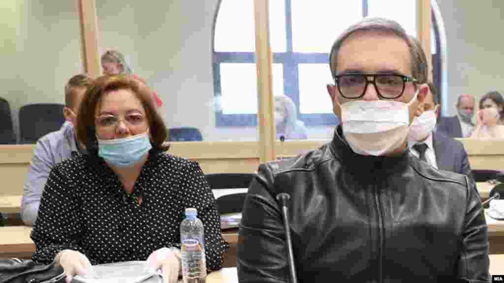 МАКЕДОНИЈА - Пресудата за случајот Рекет ќе биде соопштена на 18 јуни во Основниот кривичен суд во Скопје, откако денес и на изминатите неколку рочишта Обвинителството и одбраната ги дадоа своите завршни зборови.