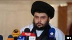 یکی از مقامات دولت عراق، روز چهارشنبه خبر فرار این روحانی تندرو شیعه به ایران را تکذیب کرد و گفت که وی در داخل عراق است.