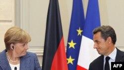 Германия Канцлери А.Меркел (ч) ва Франция Президенти Н.Саркози.