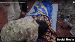 """""""Имом Бухорий"""" катибаси раҳбари ўз ўғли жанозасида"""