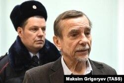 Лев Пономарев в суде, 7 декабря 2018 год
