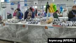 Рыбный корпус центрального рынка в Керчи, апрель 2021 года