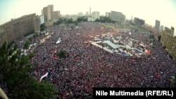 Акция протеста на площади Тахрир в Каире, 30 июня 2013 года.