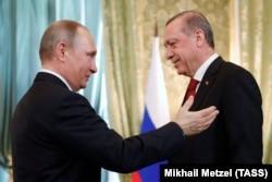 Președinții Rusiei și Turciei